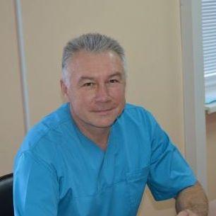 Петрук Віктор Леонтійович лікар-акушер-гінеколог вищої категорії, лікар-гінеколог-онколог спеціаліст
